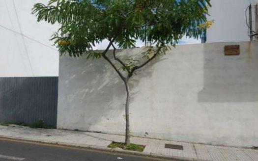 Estupendo solar urbano listo para construir en el centro de Güímar