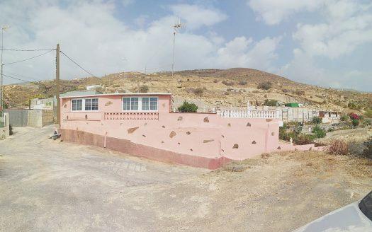 Casa con terreno en Fasnia