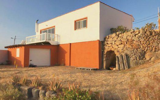 Casa con terreno en El Escobonal