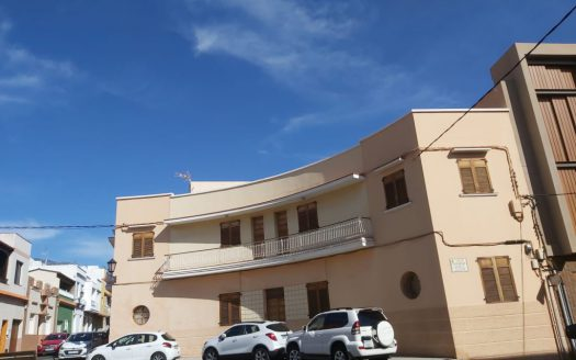Céntrico piso para reformar en Güímar