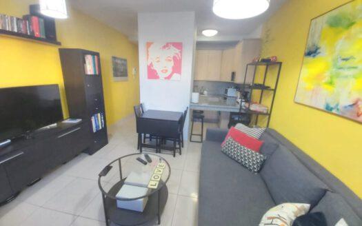 Se vende bonito apartamento en zona centro de Güímar